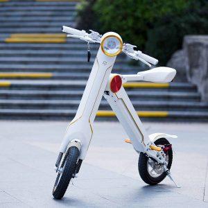 Der elektrische Mini Roller