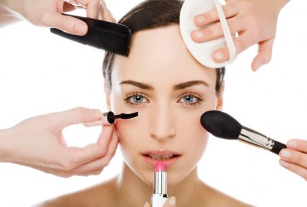 Wie lange halten Kosmetikprodukte? Lippenstift, Mascara